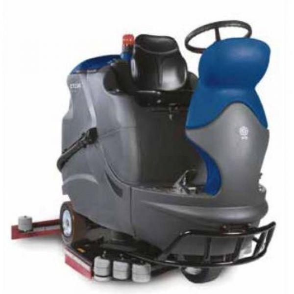 CT230 BT105 - podlahový mycí stroj