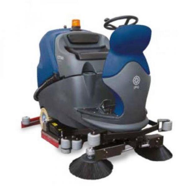 CT160 BT75 R podlahový mycí stroj s válcovým kartáčem a předmetem